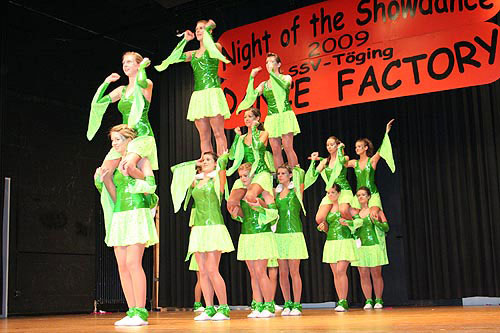 Night_of_the_Showdance_02